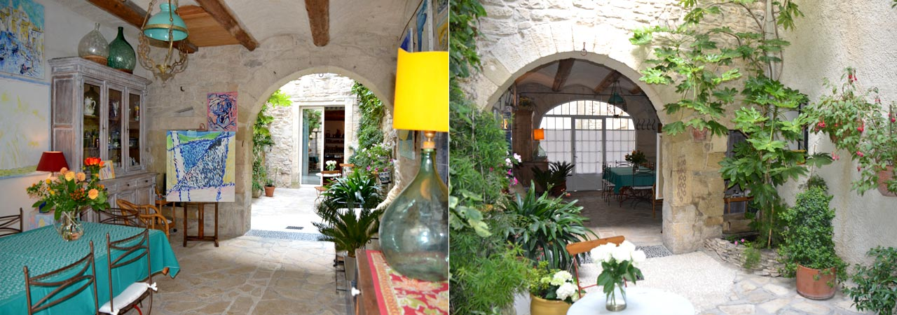 Guest house provence near the camargue bed and art bed for Maison de provence decoration